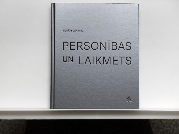 00.PERSONIBAS UN LAIKMETS-1140033 copy